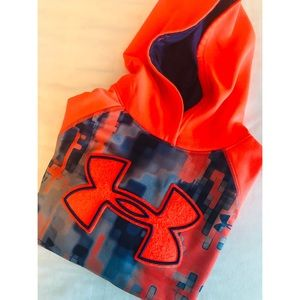 Under Armour YLG ( young kids/ large) hoodie